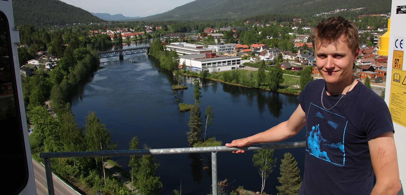 Andreas Stykket er kranfører hos Skorve Entreprenør som skal bygge den nye Vestsiden ungdomsskole.