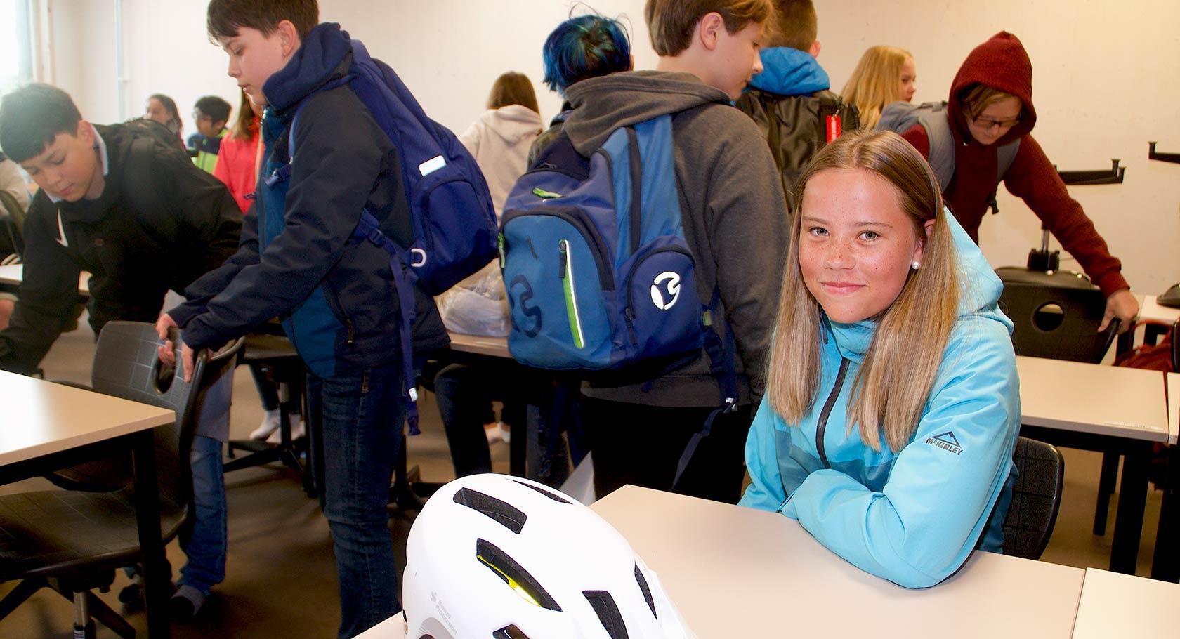 PÅ FØRSTE RAD: Tina Hjalland har funnet sin plass på nye og miljøvennlige Vestsiden ungdomsskole.